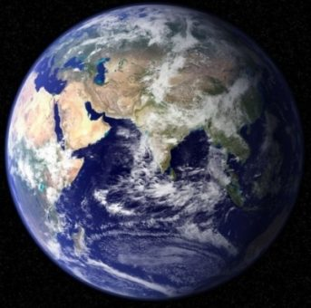 space_real_earth_075903_